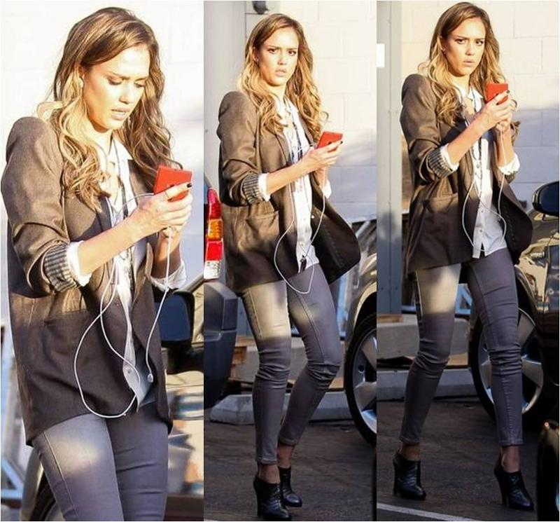Jessica Alba Wearing Level 99 Jeans November 2012 Fashion Blog From The Fashion Blogger