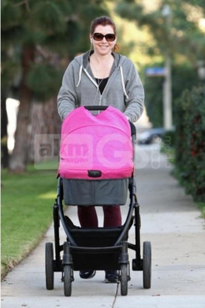 Alyson Hannigan Wearing Fodada December 2012