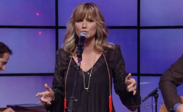 jennifer-nettles-live-september-2013