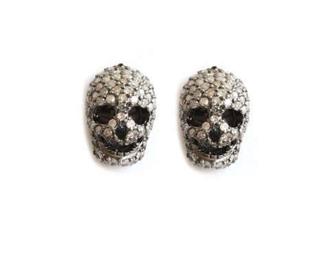 skull-jewelry-kelly-osbourne-2013